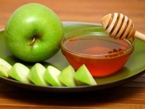 Отхрачващи средства от ябълки, мед и лимони