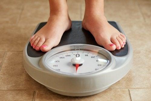 Контролирайте теглото.