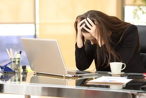 Не позволявайте на безпокойството и стреса да пречат на работата ви