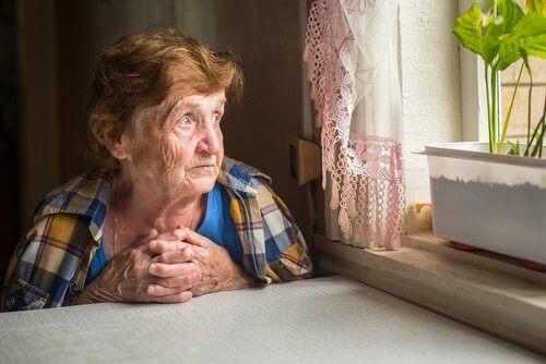 чувството за безполезност създава предпоставки за депресия при възрастните хора