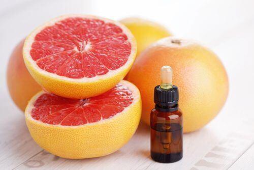 грейпфрутът е сред ефикасните домашни средства против афти