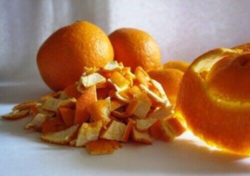 Чаят от портокалови корички е с успокояващ и противовъзпалителен ефект
