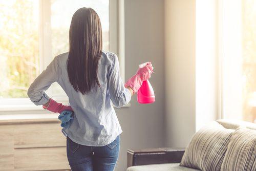 Някои почистващи продукти засягат здравето ви.
