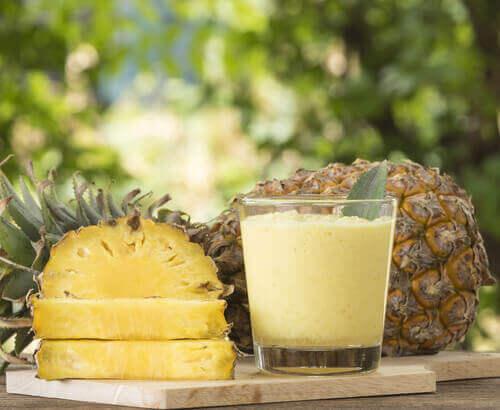 Друга полза на ананаса е предпазването от рак