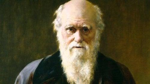 Дарвин не се е справял добре с обучението си