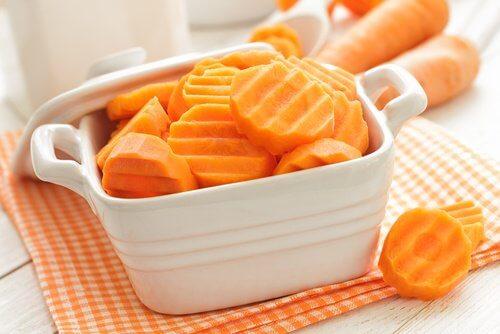 моркови срещу колит