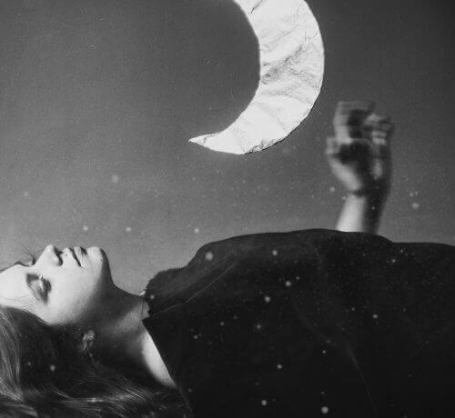 ако не плачете, няма да преодолеете толкова лесно травмите, нанесени ви от външния свят