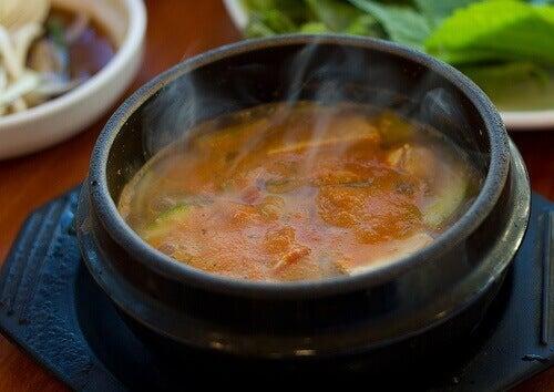 димяща супа