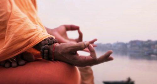 Метта медитацията, се фокусира върху всеобщата любов