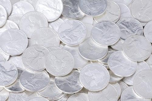 колоидното сребро се бори с вирусите