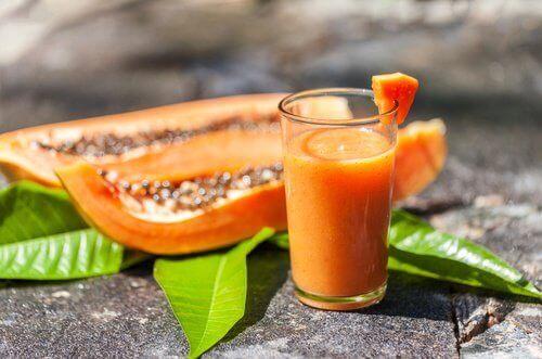 папаята е отлично натурално средство срещу чревните газове