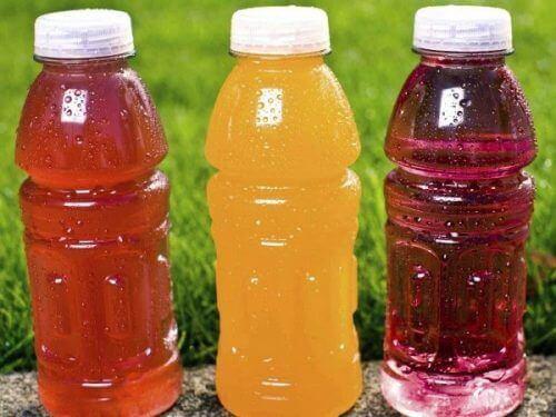 За да приемате по-малко въглехидрати, избягвайте подсладените напитки