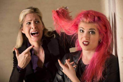 боядисването на косата не е най-важния проблем на тийнейджърите