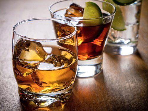 алкохолът предизвиква чувство на тревожност и депресия