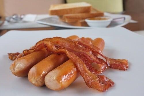 преработените храни съдържат много калории
