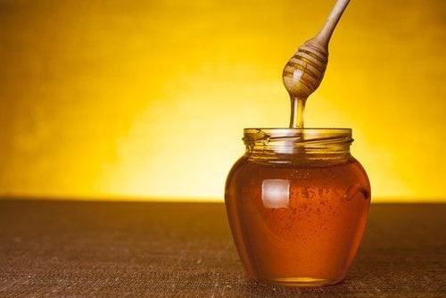 медът ще помогне на съня ви
