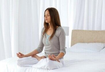 медитирайте, за дса подобрите психичното си здраве