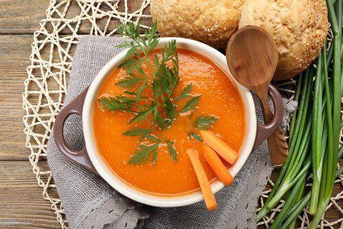 крем супа от моркови, която помага при болестта на Крон