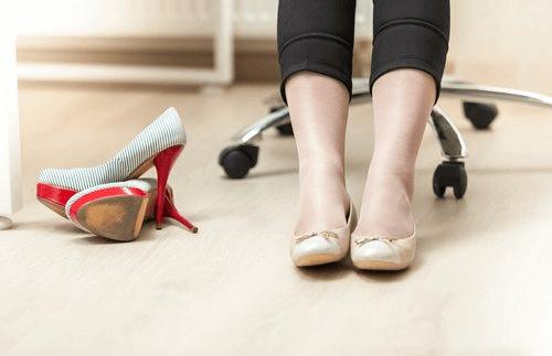 омекотяване на кожени обувки с помощта на сапуна