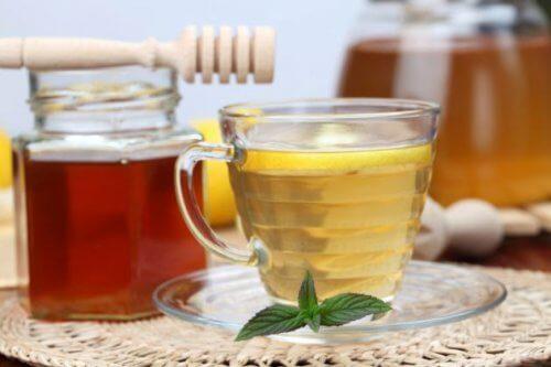 Ябълков оцет и мед помагат да заспите