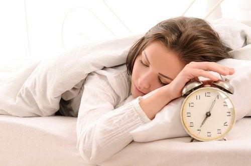 как трябва да спите, когато е студено