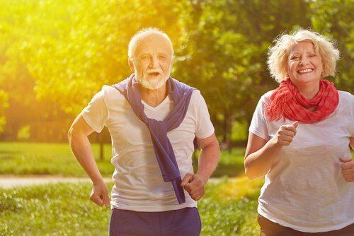 с напредването на възрастта увеличете физическата си активност
