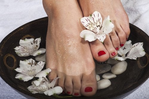 поддържайте красива кожата по ходилата