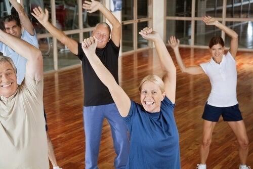 характерните за възрастта проблеми могат да бъдат сведени до минимум чрез практикуване на спорт