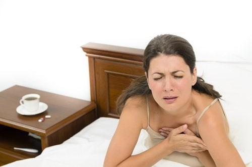 менопаузата би могла да предизвика нощно изпотяване