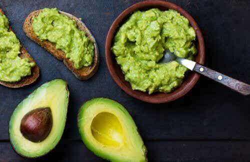 7 невероятни начини да се възползвате от ползите на авокадото
