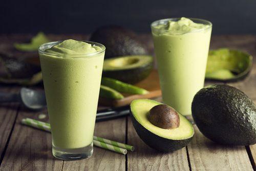 натурални напитки за отслабване с авокадо