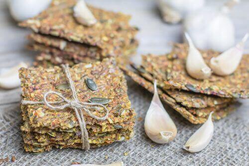 Как да приготвите крекери без глутен и без лактоза