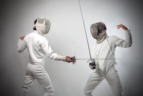 практикуването на фехтовка за поддържане на мозъка