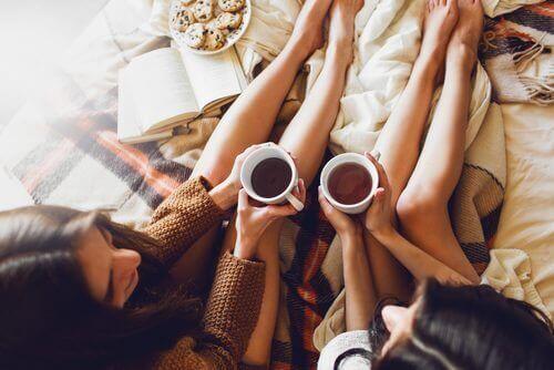 чайове за облекчаване на тежест в краката