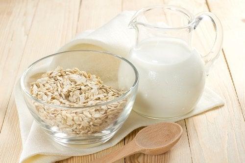 Начин на приготвяне на растителните млека: овесено мляко