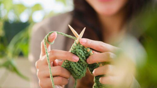 плетенето повишава креативността