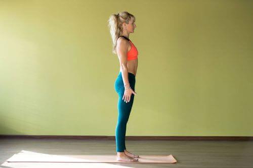 добрата стойка по време на спортуване помага за натрупването на мускулна маса