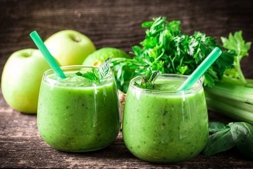 Едномесечно пречистване на организма с лимон, целина и зелена ябълка