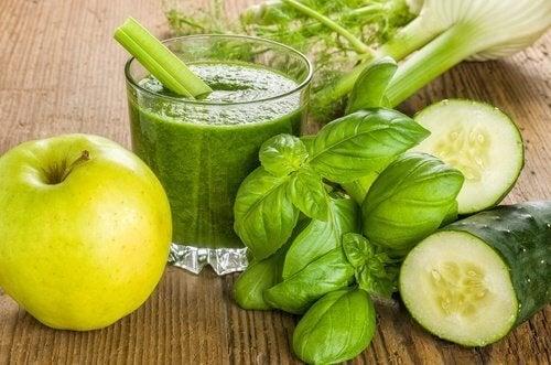 7 рецепти за смути със зелени ябълки в началото на деня