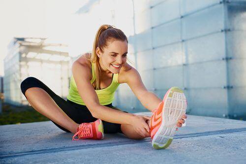 за мускулната болка помагат и упражнения за разтягане