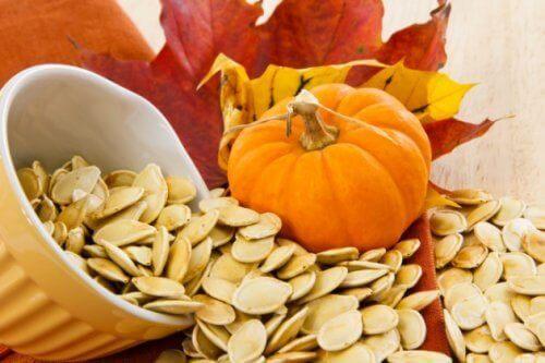 8 причини да ядете тиквените семки