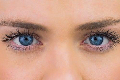 катарактата не винаги налага очна операция