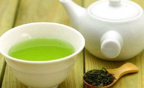 зелен чай - средство за лечение на акне