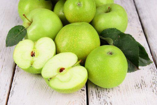 домашна маска със зелени ябълки