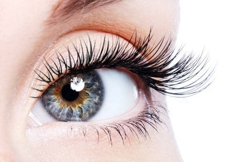 плетенето тонизира зрението