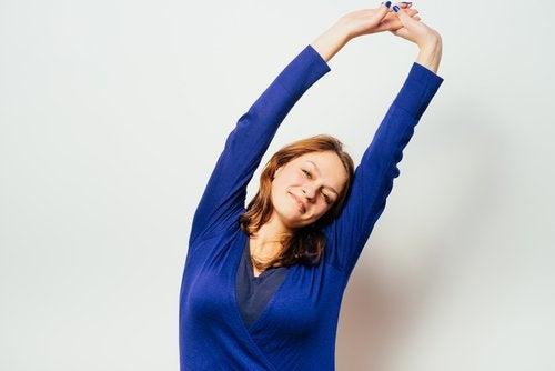 Разтягане  за облекчаване мускулните болки