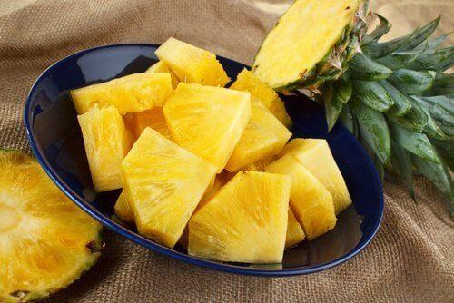 Ежедневната консумация на ананас ви предпазва от настинки.