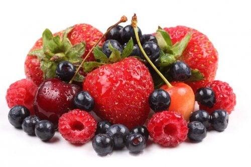 Чудесна идея е да добавите горски плодове към закуската си
