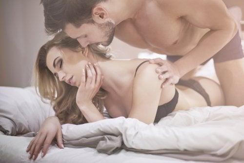 Открийте кои са най-еротичните части на тялото според науката!