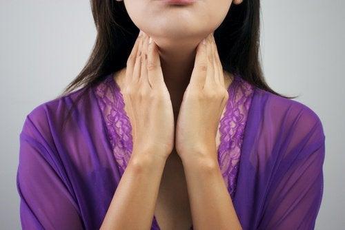 8 симптома, които ще ви помогнат да разберете дали имате хипотиреоидизъм
